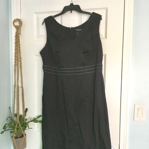 LBD V-neck with Grosgrain Ribbon Detail